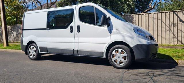 Used Renault Trafic X83 Phase 3 Low Roof LWB Nailsworth, 2013 Renault Trafic X83 Phase 3 Low Roof LWB White (black Wrap) 6 Speed Manual Van