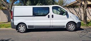 2013 Renault Trafic X83 Phase 3 Low Roof LWB White (black Wrap)/ 6 Speed Manual Van.