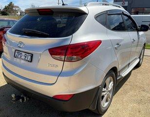 Hyundai ix35 Silver Wagon.