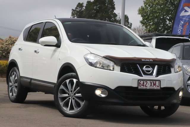 Used Nissan Dualis J10 Series II MY2010 Ti Hatch X-tronic Toowoomba, 2011 Nissan Dualis J10 Series II MY2010 Ti Hatch X-tronic White 6 Speed Constant Variable Hatchback