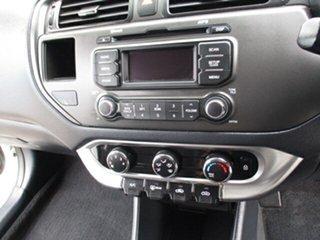 2013 Kia Rio GDI White 5 Speed Manual Hatchback