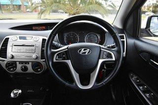 2010 Hyundai i20 PB Active White 5 Speed Manual Hatchback