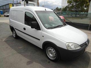 2003 Holden Combo XC White 5 Speed Manual Van.