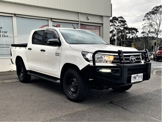 Pre-Owned Toyota Hilux GUN126R SR Double Cab Ferntree Gully, 2018 Toyota Hilux GUN126R SR Double Cab Glacier White 6 Speed Sports Automatic Utility