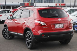 2012 Nissan Dualis J10W Series 3 MY12 Ti-L Hatch X-tronic 2WD Red 6 Speed Constant Variable.