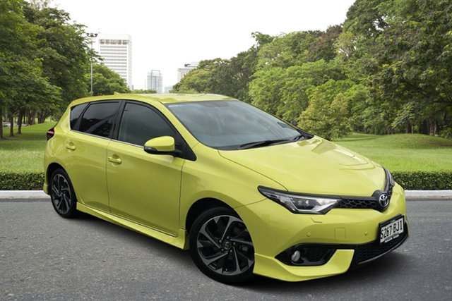 Used Toyota Corolla ZRE182R Levin S-CVT ZR Paradise, 2015 Toyota Corolla ZRE182R Levin S-CVT ZR Yellow 7 Speed Constant Variable Hatchback