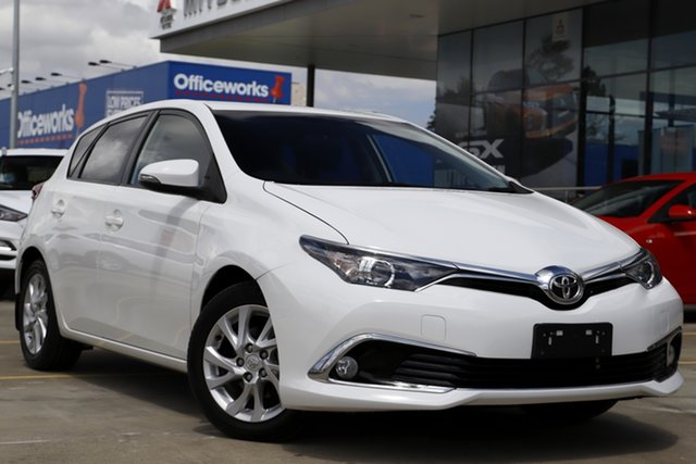 Used Toyota Corolla ZRE182R Ascent Sport S-CVT Aspley, 2018 Toyota Corolla ZRE182R Ascent Sport S-CVT White 7 Speed Constant Variable Hatchback