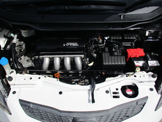 2008 Honda Jazz GD GLi White 1 Speed Constant Variable Hatchback