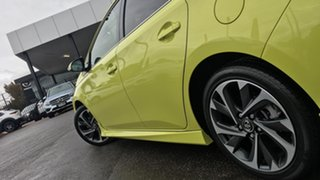 2015 Toyota Corolla ZRE182R Levin S-CVT ZR Yellow 7 Speed Constant Variable Hatchback