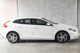 2015 Volvo V40 M Series MY16 T3 Adap Geartronic Kinetic White 6 Speed Sports Automatic Hatchback.