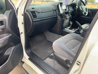 2017 Toyota Landcruiser VDJ200R MY16 GXL (4x4) Crystal Pearl 6 Speed Automatic Wagon