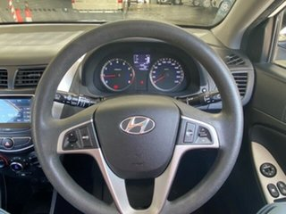 2016 Hyundai Accent RB3 MY16 Active White 6 Speed Manual Hatchback