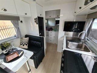 2020 MDC XT16 Caravan