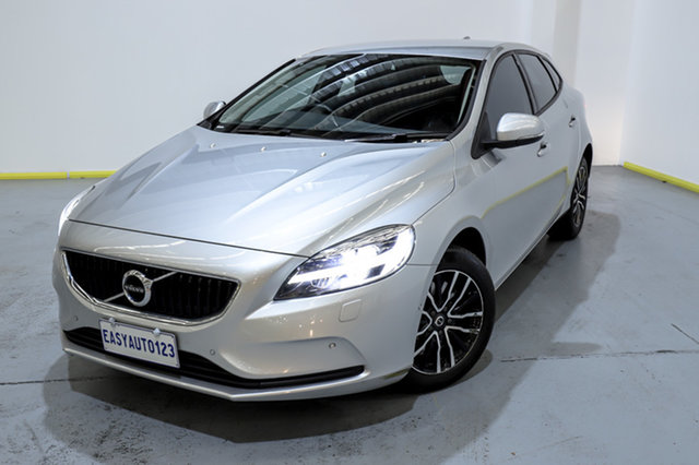 Used Volvo V40 M Series MY18 T3 Adap Geartronic Momentum Canning Vale, 2018 Volvo V40 M Series MY18 T3 Adap Geartronic Momentum Silver 6 Speed Sports Automatic Hatchback