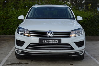 2017 Volkswagen Touareg 7P MY17 V6 TDI Tiptronic 4MOTION Adventure White 8 Speed Sports Automatic.