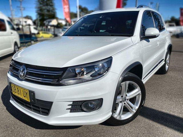 Pre-Owned Volkswagen Tiguan 5N MY15 155TSI DSG 4MOTION R-Line Cardiff, 2015 Volkswagen Tiguan 5N MY15 155TSI DSG 4MOTION R-Line White 7 Speed Sports Automatic Dual Clutch
