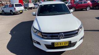 2015 Volkswagen Tiguan 5N MY15 155TSI DSG 4MOTION R-Line White 7 Speed Sports Automatic Dual Clutch.