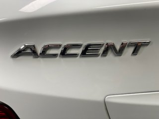 2013 Hyundai Accent RB Active Crystal White 4 Speed Sports Automatic Hatchback