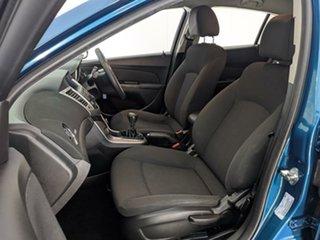2012 Holden Cruze JH Series II MY12 CD Green 5 Speed Manual Hatchback