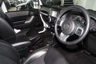 2014 Jeep Wrangler JK MY2014 Freedom White 5 Speed Automatic Softtop