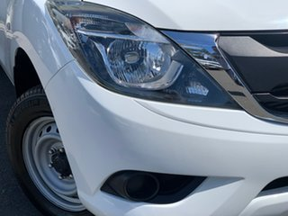 2015 Mazda BT-50 UR0YD1 XT 4x2 White 6 Speed Manual Cab Chassis.