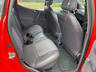 2000 Mercedes-Benz A190 W168 Avantgarde Red 5 Speed Automatic Hatchback