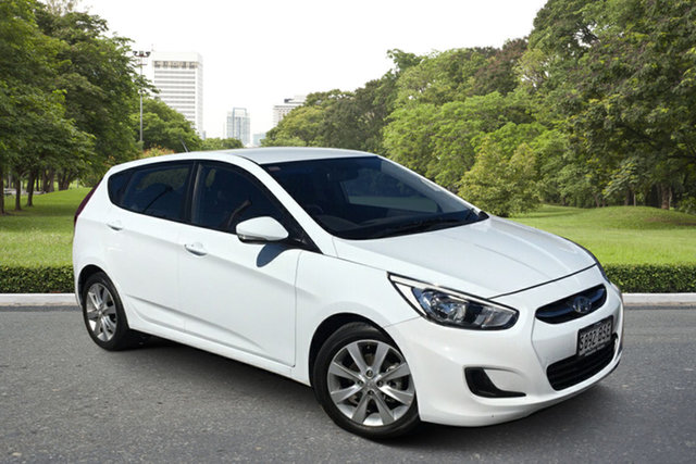 Used Hyundai Accent RB5 MY17 Sport Paradise, 2017 Hyundai Accent RB5 MY17 Sport White 6 Speed Sports Automatic Hatchback