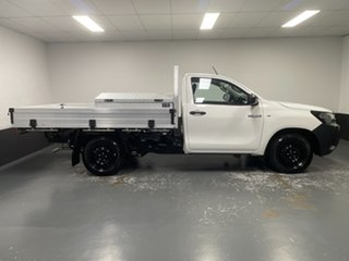 2018 Toyota Hilux TGN121R Workmate 4x2 White 6 Speed Sports Automatic Cab Chassis