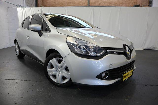 Used Renault Clio IV B98 Expression EDC Castle Hill, 2013 Renault Clio IV B98 Expression EDC Silver 6 Speed Sports Automatic Dual Clutch Hatchback