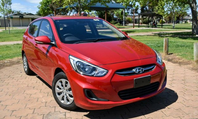 Used Hyundai Accent RB3 MY16 Active Ingle Farm, 2015 Hyundai Accent RB3 MY16 Active Red 6 Speed Constant Variable Hatchback
