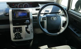 2012 Toyota Voxy ZRR70 White Automatic Van