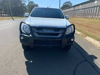 2019 Isuzu D-MAX TF MY19 SX (4x4) White 6 Speed Automatic Cab Chassis.