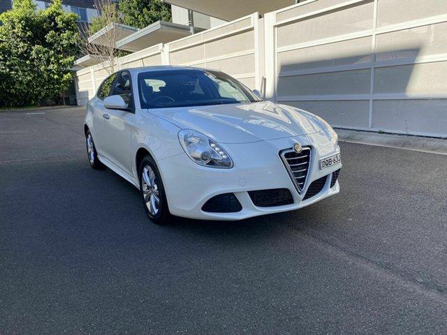 Used Alfa Romeo Giulietta Series 0 MY13 Distinctive TCT JTD-M Zetland, 2014 Alfa Romeo Giulietta Series 0 MY13 Distinctive TCT JTD-M White 6 Speed