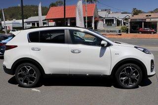 2021 Kia Sportage Snow White Pearl Wagon.