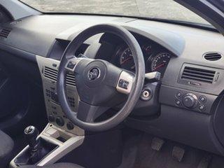 2008 Holden Astra AH MY08.5 CD Black 5 Speed Manual Hatchback.