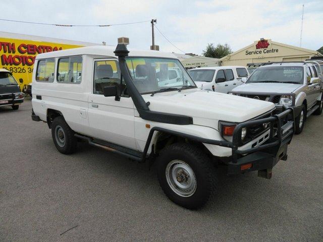Used Toyota Landcruiser HZJ78R (4x4) 3 Seat Morphett Vale, 2001 Toyota Landcruiser HZJ78R (4x4) 3 Seat White 5 Speed Manual 4x4 Troop Carrier