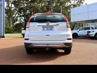 2017 Honda CR-V 30 Series 2 MY17 VTi (4x2) White 5 Speed Automatic Wagon.