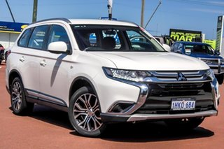 2017 Mitsubishi Outlander ZL MY18.5 ES 2WD White 6 Speed Constant Variable Wagon.