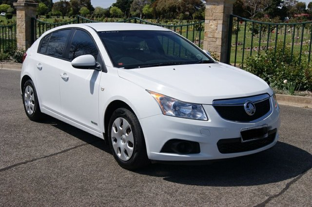 Used Holden Cruze JH MY12 CD Blair Athol, 2012 Holden Cruze JH MY12 CD White 6 Speed Automatic Hatchback