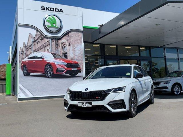 Demo Skoda Octavia NX MY21 RS DSG Botany, 2021 Skoda Octavia NX MY21 RS DSG White 7 Speed Sports Automatic Dual Clutch Wagon