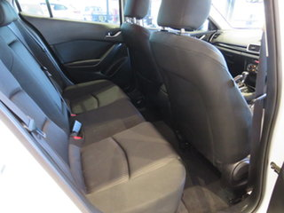 2014 Mazda 3 Maxx SKYACTIV-Drive Hatchback