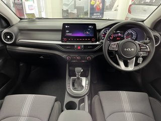 2021 Kia Cerato BD MY22 Sport Clear White 6 Speed Automatic Hatchback