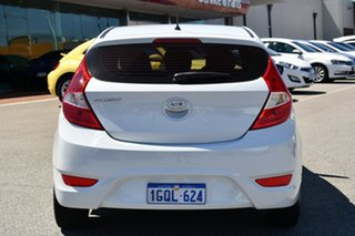 2017 Hyundai Accent RB4 MY17 Active White 6 Speed Manual Hatchback