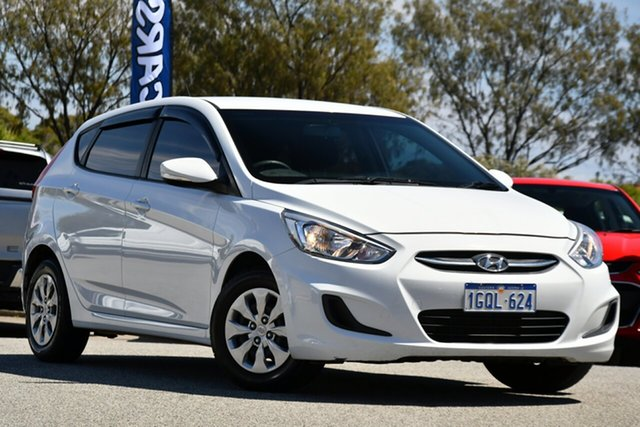 Used Hyundai Accent RB4 MY17 Active Clarkson, 2017 Hyundai Accent RB4 MY17 Active White 6 Speed Manual Hatchback