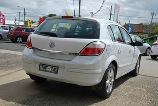 2005 Holden Astra AH CDX White 4 Speed Automatic Hatchback