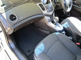 2013 Holden Cruze JH Series II MY14 Equipe White 6 Speed Sports Automatic Hatchback