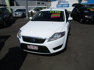2010 Ford Mondeo LX White 4 Speed Automatic Hatchback.