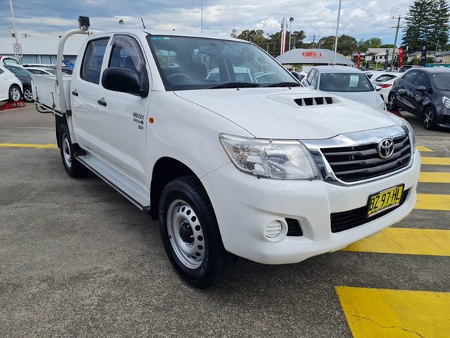 Pre-Owned Toyota Hilux KUN26R MY14 SR Double Cab Cardiff, 2013 Toyota Hilux KUN26R MY14 SR Double Cab White 5 Speed Manual Utility