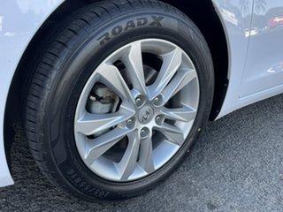 2014 Hyundai i30 GD2 MY14 Trophy White 6 Speed Manual Hatchback
