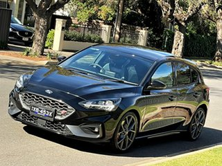 2020 Ford Focus SA 2021MY ST Black 7 Speed Automatic Hatchback.